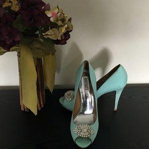 Badgley Mischka shoes 9m Aqua Marine